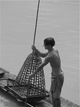 lao-fishing-mekong.jpg