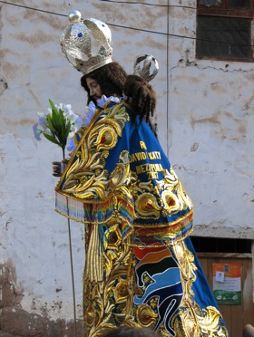 procession-cusco.jpg