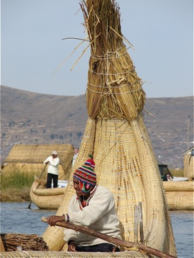 uros-floating-islands.jpg