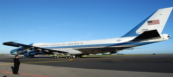 obama-air-force-one.jpg
